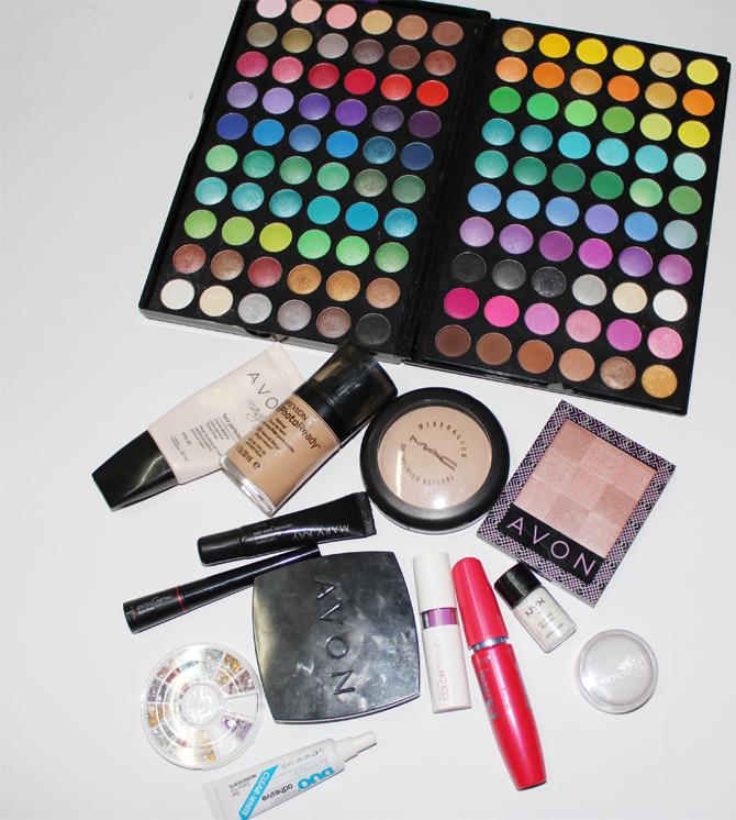 produtos usados maquiagem carnaval copy