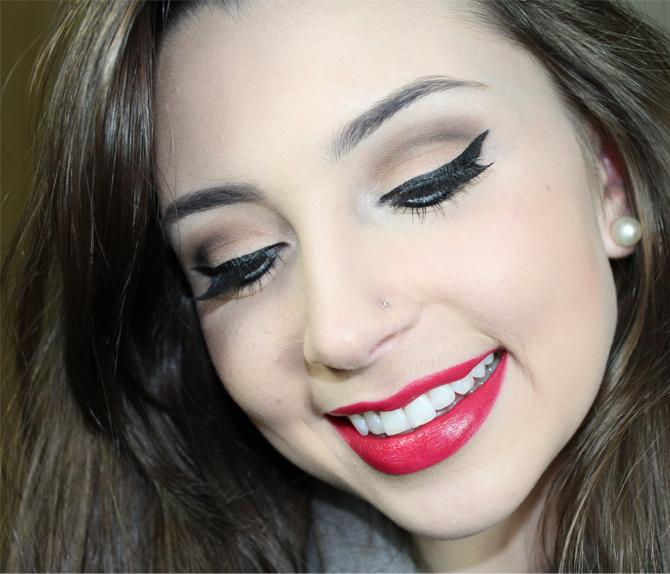 4- maquiagem neutra com bocão