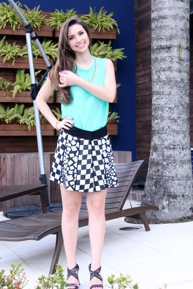 5- look saia quadriculado verão