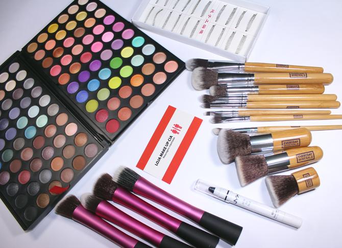 1- produtos loja Make-up e Cia