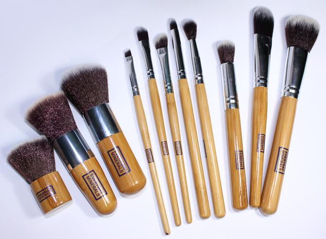 8- pinceis face hd Make-up e Cia