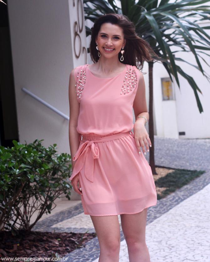 6- vestido romantico com perolas