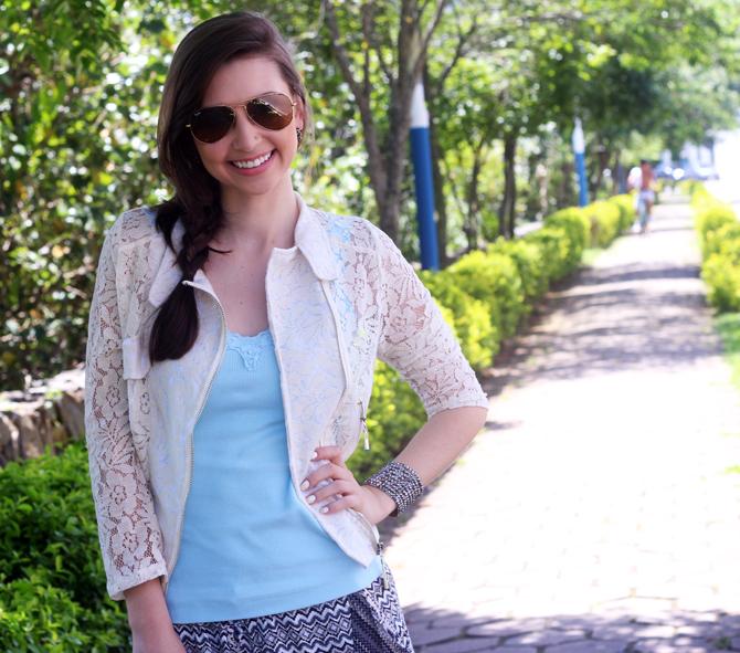 9- look do dia sapatilha zaxy shorts étnico casaco renda sempre glamour jana taffarel