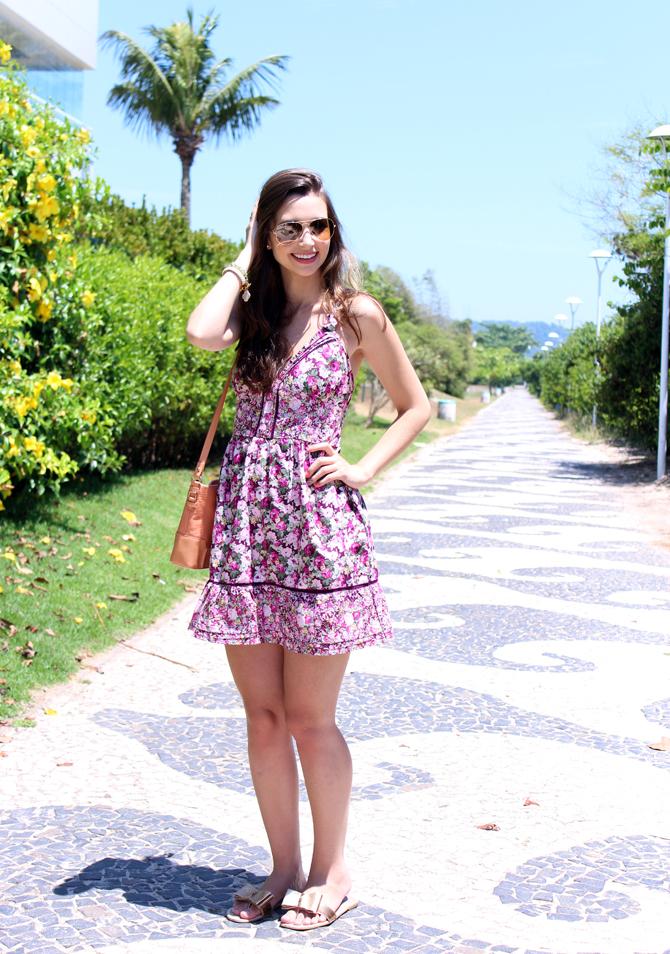 4- look do dia vestido florido jurere internacional sempre glamour