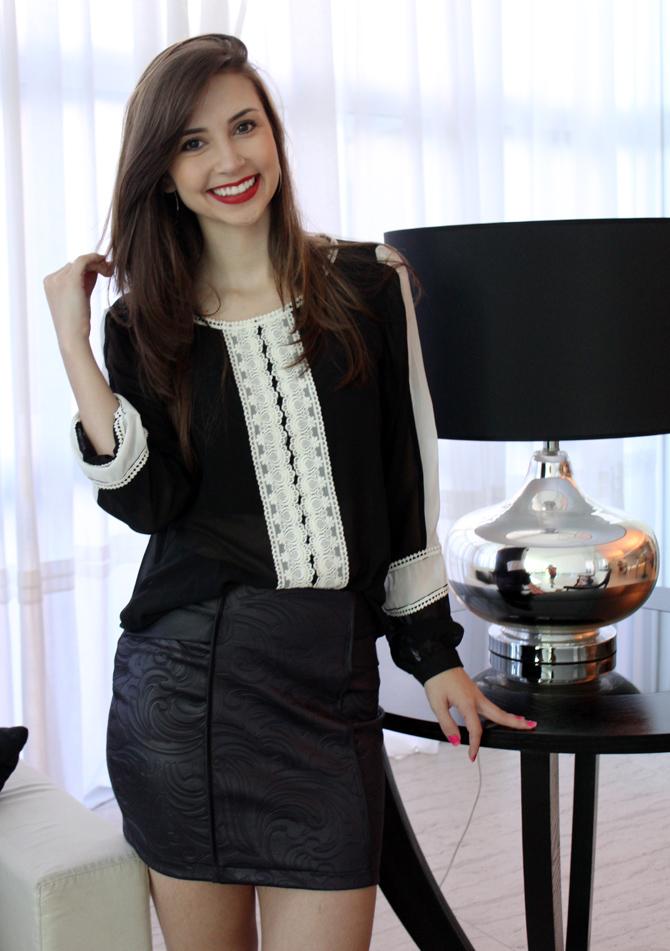 03 - look com saia de couro e camisa preto e branco