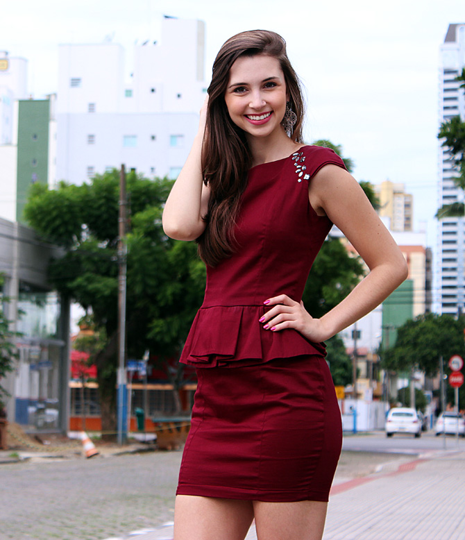 3- look do dia - vestido peplum bordo burgundy
