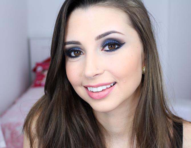 04 - maquiagem azul marcante