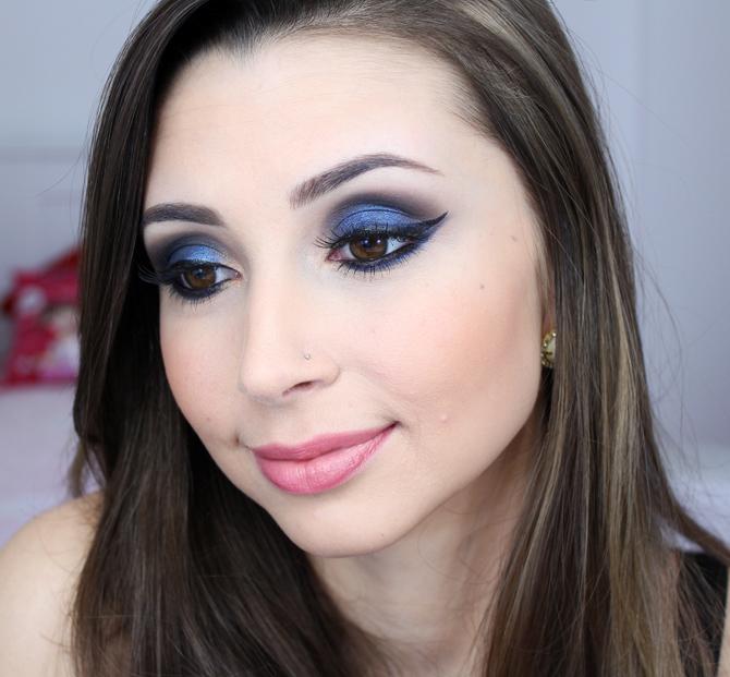 06- maquiagem azul marcante