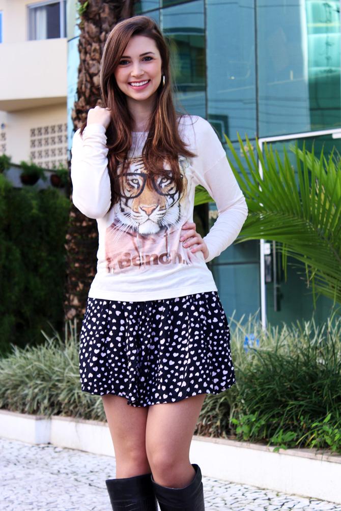 04 - saia de corações e blusa animal face sempre glamour