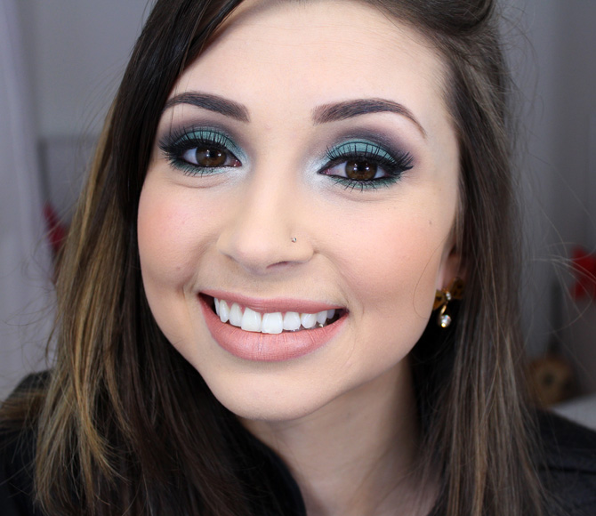 06 maquiagem com sombra verde