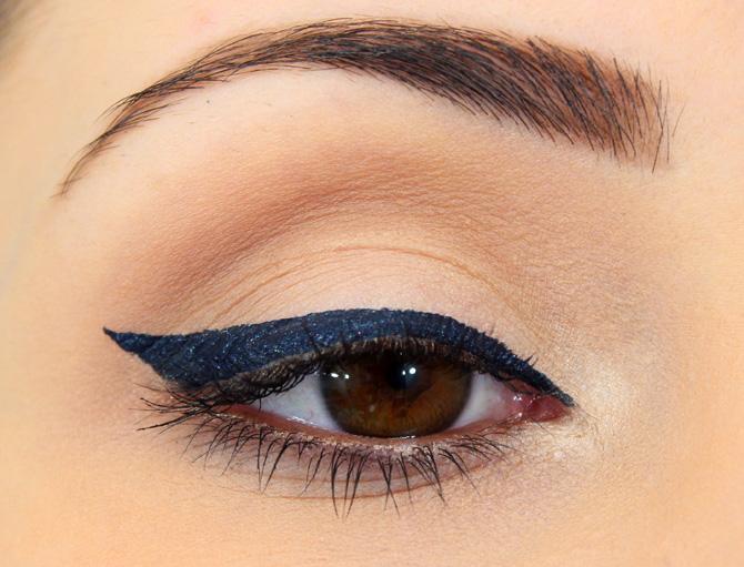 01 - maquiagem para o dia com delineador azul