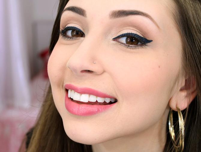 03 - maquiagem para o dia com delineador azul