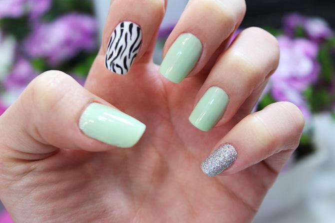 1- unhas de zebra sempre glamour