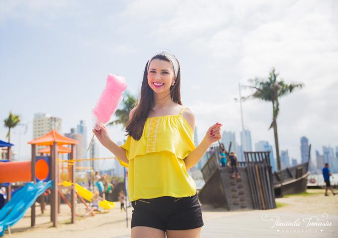 01 - look blusa amarela parque barra sul balneário camboriú
