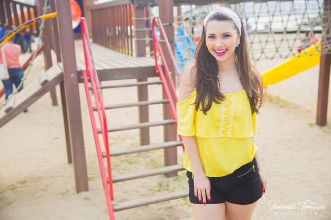 06 - look blusa amarela parque barra sul balneário camboriú