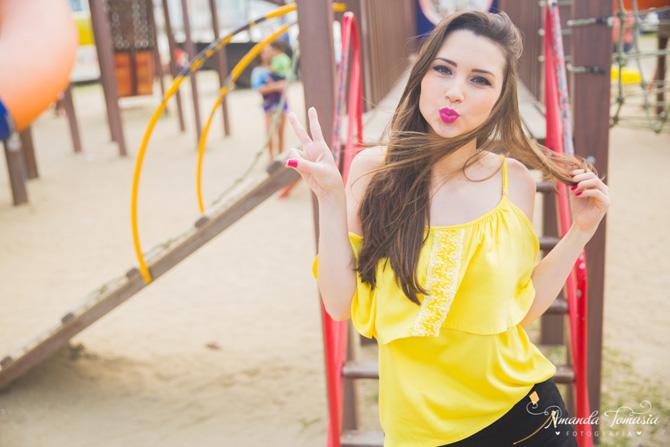 08 - look blusa amarela parque barra sul balneário camboriú