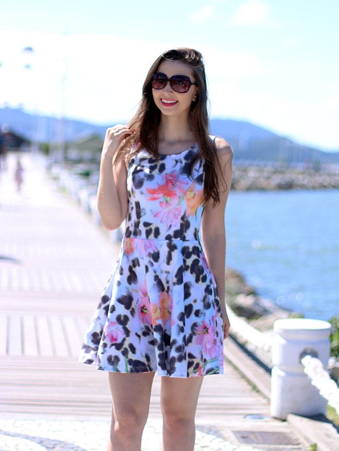 01-vestido-animal-print-com-floral-pks-girl-sempre-glamour