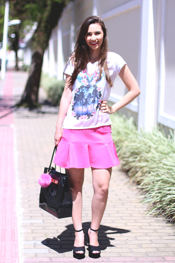 02-saia-pink-e-tshirt-estampa-tropical