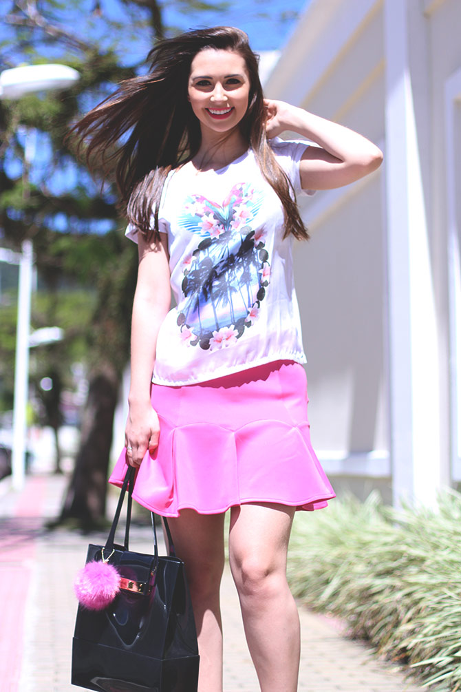 04-saia-pink-e-tshirt-estampa-tropical