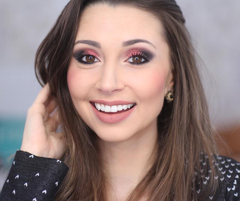 4-maquiagem sem delineador e sem cílios postíços