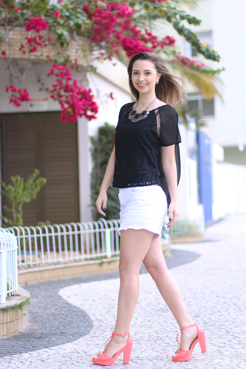 6-look do dia preto e branco naguchi e sandalia petite jolie