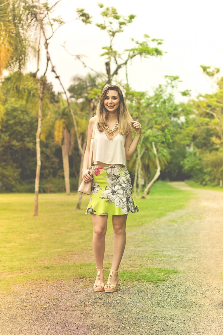 1-look do dia saia estampada colcci
