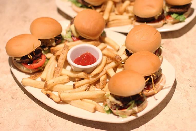 3-novos hamburgueres outback-Dinky Burgers