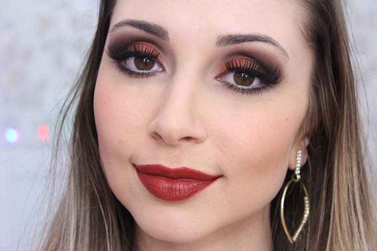 4-dicas de maquiagem para olhos pequenos com lari valmorbida