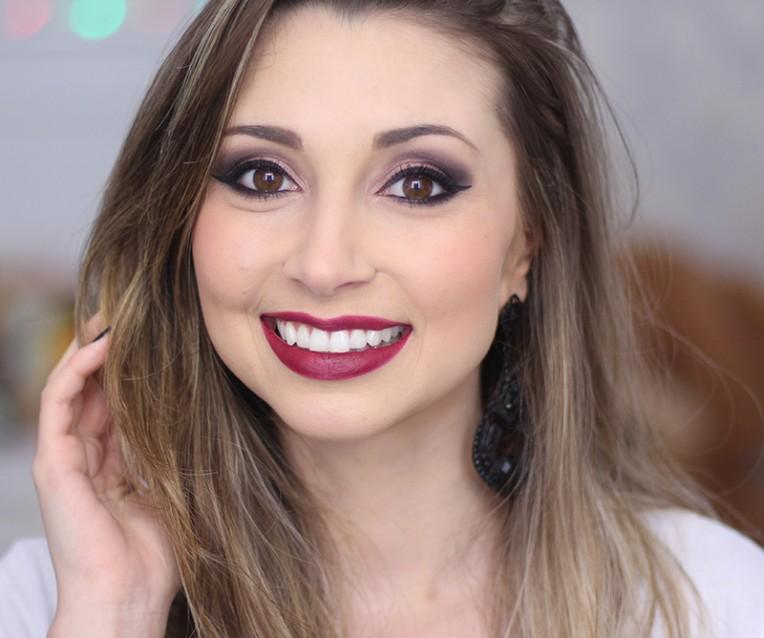 4-maquiagem usando produtos da eudora jana taffarel