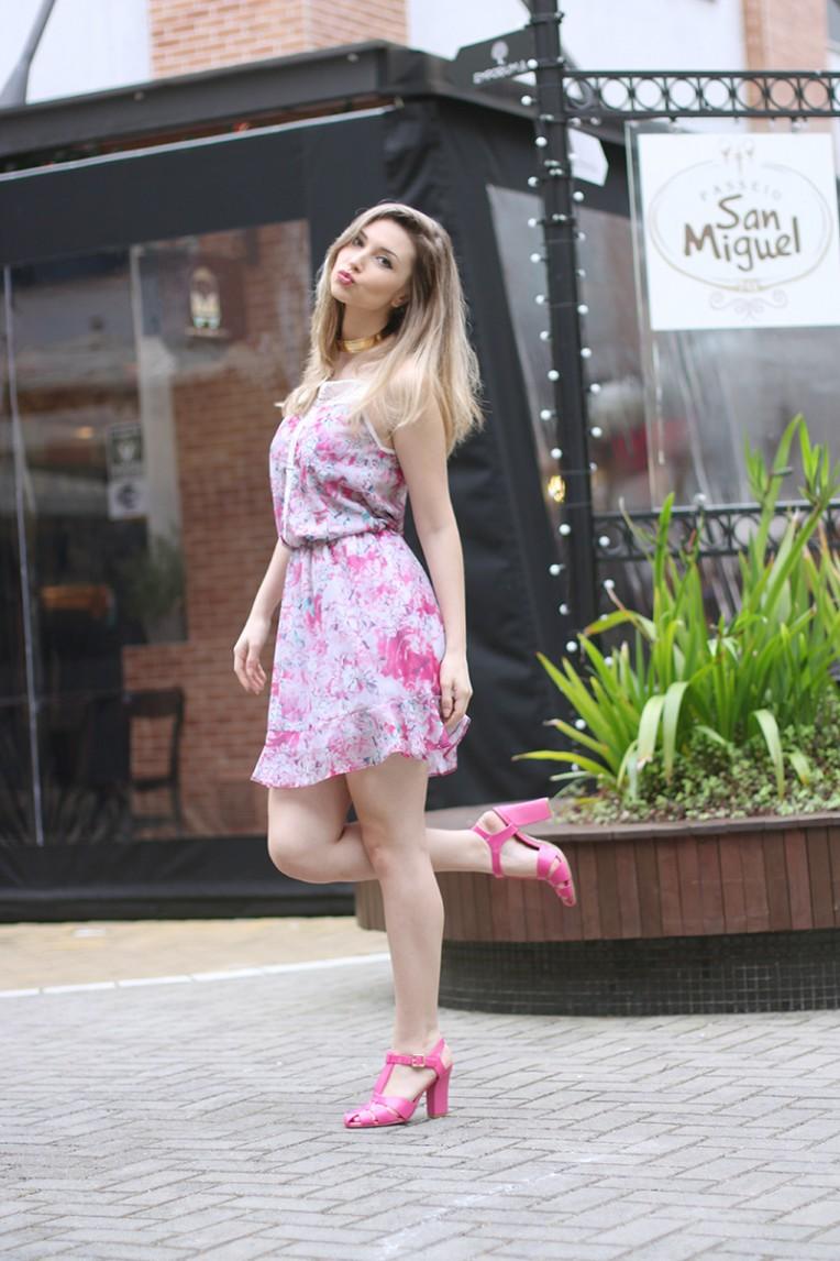 1-vestido estampado rosa para o verão