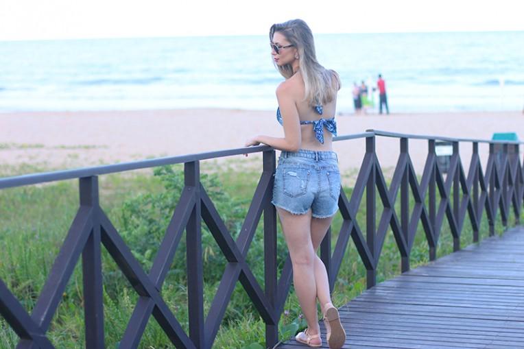 1-look de biquíni praia brava