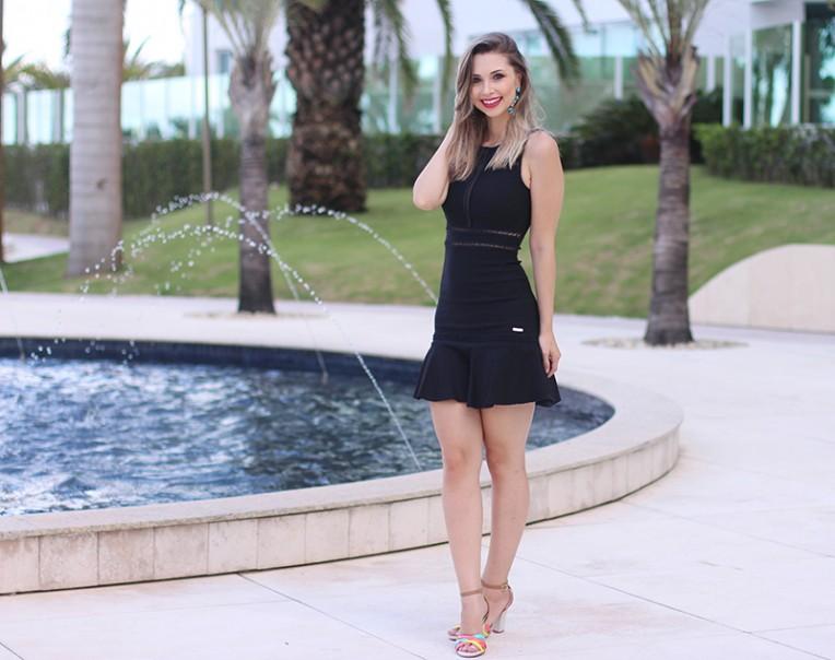 1-vestido preto com transparência naguchi jana taffarel
