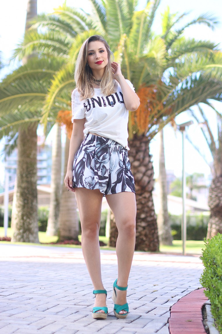 5-look unique tshirt e shorts