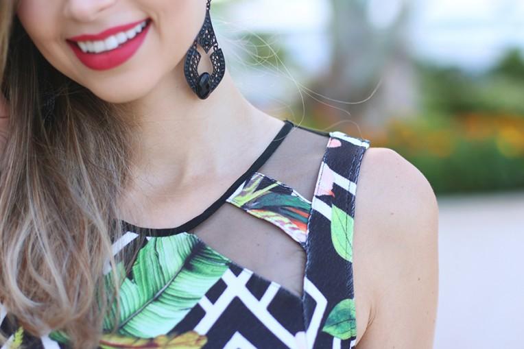 8-vestido florido com fundo preto naguchi
