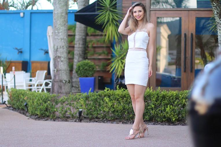 1-vestido branco com transparência