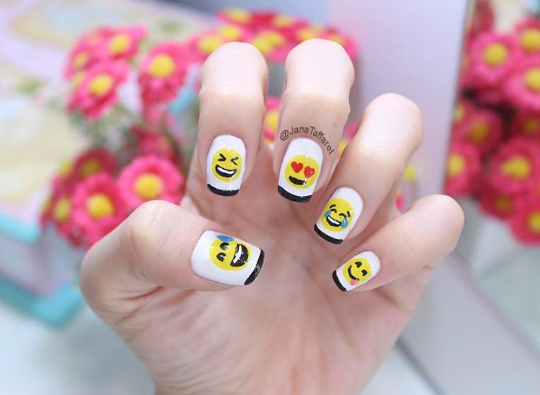 1.1-unhas decoradas de emoji