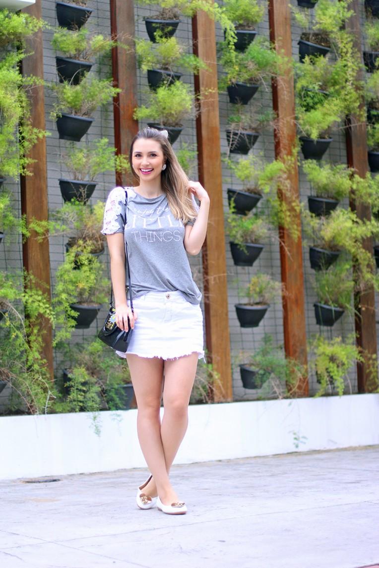 3-blusa cinza com renda branca