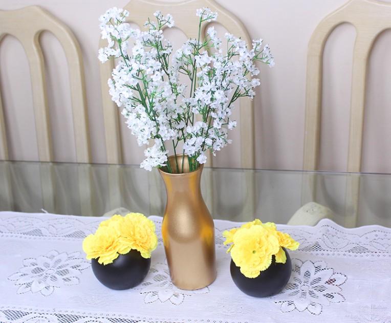 4-vasos de flores com vidros pintados em tinta pray