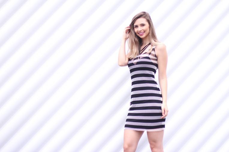 6-vestido listrado com strappy