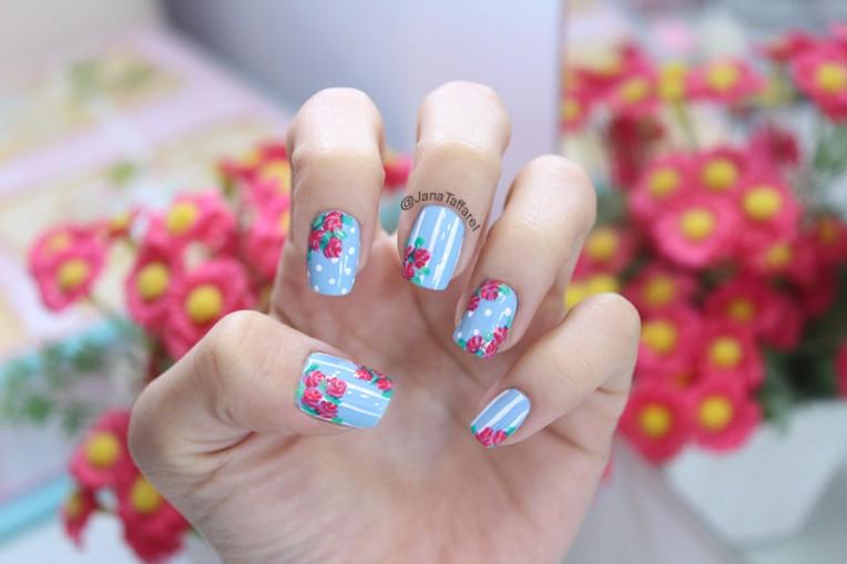 2.1-unhas floral azul e rosa