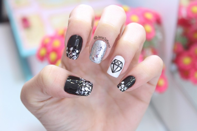 1.1-unhas decoradas de diamante
