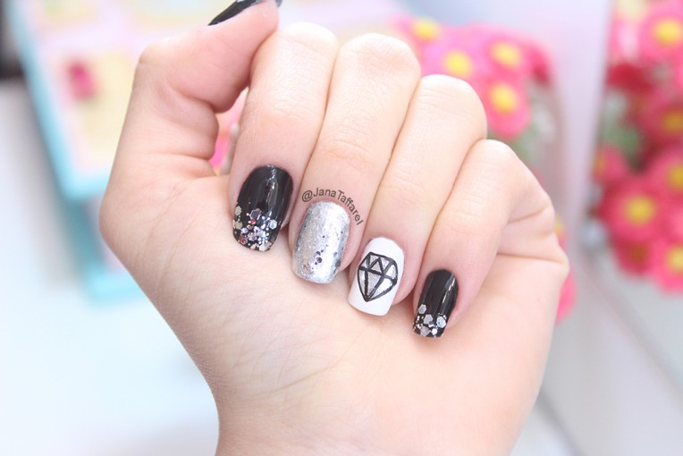 2.1-unhas decoradas de diamante