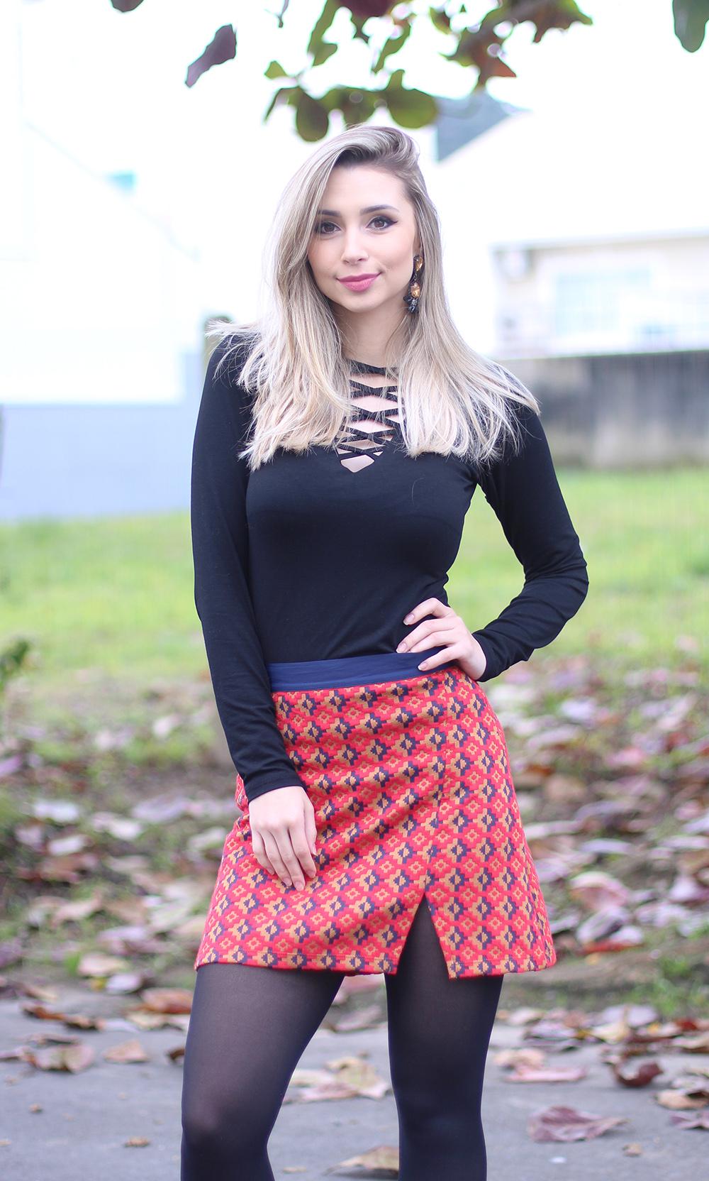 e5a570c83d 4 look inverno com saia meia calça e blusa — Sempre Glamour